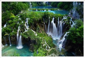 Waterfalls 725x492
